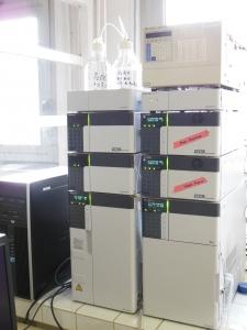 Chromatographie en Phase Liquide Shimadzu, détecteurs UV et fluo